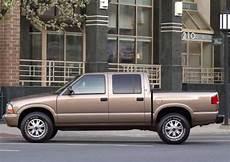 how make cars 2004 gmc sonoma auto manual 2004 gmc sonoma models trims information and details autobytel com