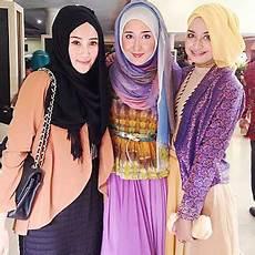 Kumpulan Model Jilbab Dian Pelangi Kumpulan