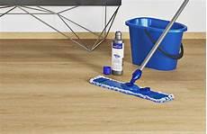 So Reinigen Sie Ihren Vinylboden