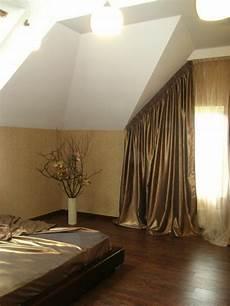 dachschräge vorhang raumteiler 1001 ideen f 252 r dachfenster gardinen und vorh 228 nge