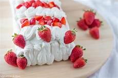 torta furba alle fragole di benedetta torta furba alle fragole senza glutine e lattosio fragole senza glutine e dolci