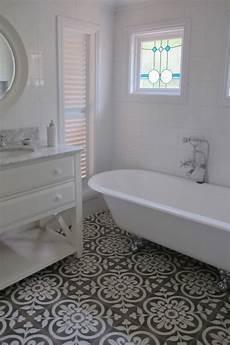 Bathroom Ideas Black And White Floor by 37 Black And White Mosaic Bathroom Floor Tile Ideas And