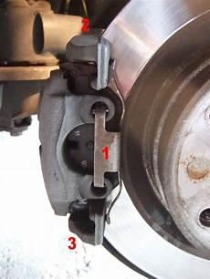 changer plaquette de frein arriere changement plaquette de frein bmw serie 1 f20 sur