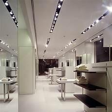 illuminazione negozio progettazione illuminotecnica studio luce ladari