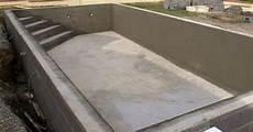 Construire Sa Piscine Hors Sol En Beton La Construction D Une Piscine En B 233 Ton