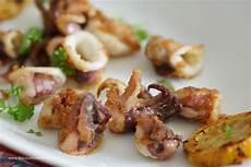 Tintenfisch Zubereiten Pfanne - baby calamari mit knoblauchsauce baby squid with garlic