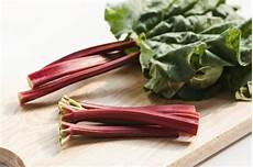 How To Cook Rhubarb In The Microwave 4 Recipes
