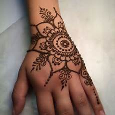 30 simple easy henna flower designs of all time keep