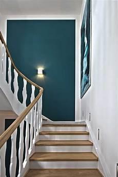 Treppenaufgang Wand Gestalten - vorher nachher umgestaltung eines treppenhauses in krefeld
