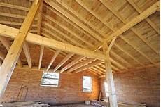 traitement du bois de charpente des insectes dans le bois pensez au traitement de