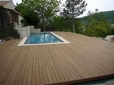 plage de piscine plage de piscine en bois dans le luberon ambiance terrasse
