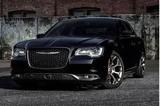 2016 chrysler 200s chrysler 300s alloy editions coming to chicago