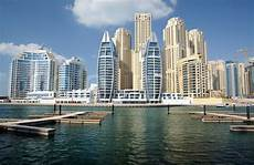 saudi arabien urlaub modern buildings at dubai marina stock image colourbox