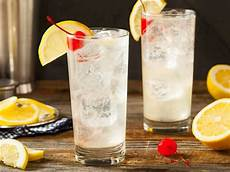 classic tom collins cocktail recipe cdkitchen com