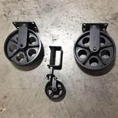 roue en fer pour table basse jeu de roulettes table basse chariot industriel par visupply