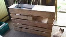 küche selber bauen aus europaletten wir bauen eine umtopf und universal bar aus europaletten