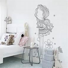stickers muraux chambre fille stickers muraux chambre enfant fille au milieu des fleurs
