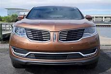 photo review 2016 lincoln mkx black label puts its best luxury face but re badged roots remain