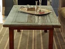 fabriquer une table avec une vieille porte bricobistro