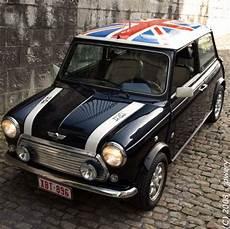 Classic Mini Cooper 1961 2000