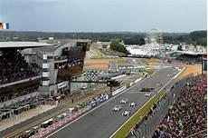 Circuit Des 24 Heures Le Mans Sarthe D 233 Veloppement