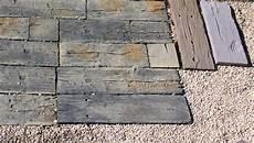 Bahnschwellen Beton Holzoptik - terrassenplatten nature in bahnschwellenoptik