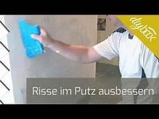 Risse Im Putz Ausbessern Netzen Putz Wand Verputzen