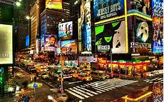 times square new york the most entertainment