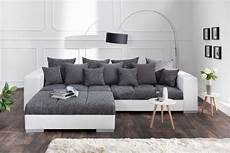 Sofa In Einzigartigem Design Riess Ambiente De
