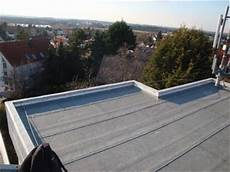 dachaufbau flachdach bitumenbahnen dachpappe elefantenhaut oder bitumenbahnen dachdecker