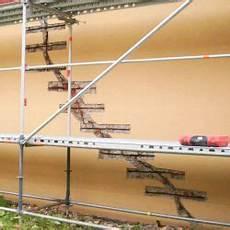 fassade loch ausbessern risse im mauerwerk ausbessern h 228 user immobilien bau