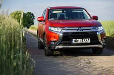 mitsubishi outlander test 2016 mitsubishi outlander 2 2 did at 4wd plus test