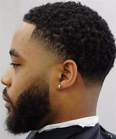 45 short curly hairstyles for men with fabulous curls men hairstylist