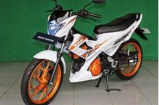 Modifikasi Motor Satria Fu 150 by Modifikasi Suzuki Satria Fu 150 Fighter