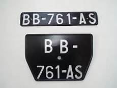 ancienne plaque immatriculation plaque ancienne immatriculation automobile garage
