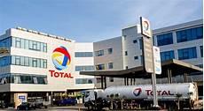 carte total avantage total senegal un volume de ventes en hausse mais des revenus impact 233 s par la baisse du prix de