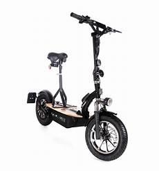 E Scooter Straßenzulassung - der revoluzzer45 e scooter 45km h der revoluzzer