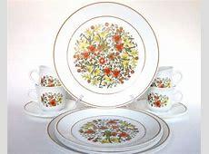 "16 Pc Vintage Corelle ""Indian Summer"" Dinnerware Set for 4"
