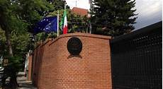 consolato italiano a roma assassinato funzionario consolato italiano