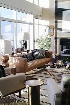 Braunes Sofa Kombinieren - beautiful living room rug brown leather sofa plant