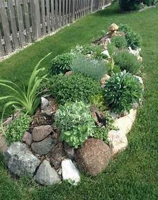 amenagement de jardin avec des pierres jardin de rocaille et d 233 co en naturelle en 40 id 233 es