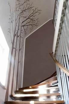 treppenaufgang wand gestalten flur mit treppe gestalten