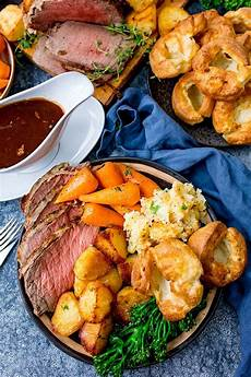 how to make the best roast beef dinner with time plan nicky s kitchen sanctuary