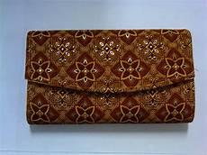 Aneka Macam Kerajinan Batik