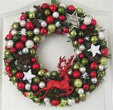 türkranz weihnachten kugeln t 252 rkranz weihnachten hirsch weihnachtskranz rot 32cm