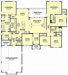 house plans ranch style ranch style house plan 4 beds 3 5 baths 3044 sq ft plan