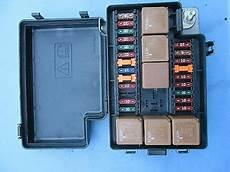 2003 jaguar vanden plas fuse box 1998 99 00 01 02 2003 jaguar xj8 xj8l vanden plas front fuse box 22way lnf2822ba ebay