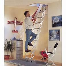escalier escamotable droit structure aluminium marche