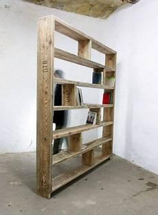 regal aus büchern selber bauen b 252 cherregal aus altem bauholz regal 200 x 200 cm
