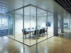 separation de bureau en verre sliding glass office partition h68 by k 246 nig neurath